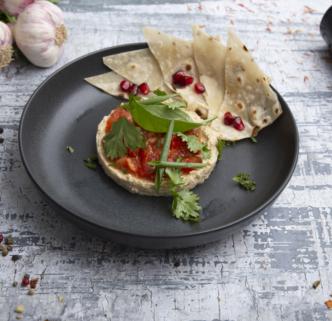 Паста хумус с томатным чатни