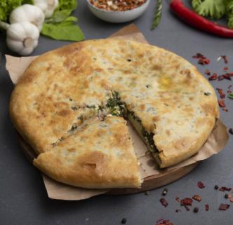 Пирог осетинский с зеленью и сыром
