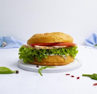 Бургер-сендвич с курицей